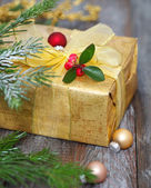 Christmas decoration with present — Stockfoto