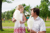 Father and little girl outdoor — Stock Photo