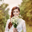 Beautiful bride outdoors — Foto de Stock