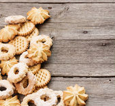 Cookies on wooden background — Stock Photo