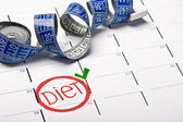 Calendar with the date marked the beginning of a diet — Stock Photo