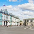Winter Palace and Alexander Column on Palace Square  — Stock Photo