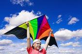 Boy flies a kite — Stock Photo