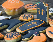 Handmade Halloween cookies — Stock Photo