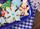 Christmas gingerbread cookies on a plate — Stock Photo