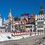 White-stone Kremlin in Izmaylovo in Moscow — Stock Photo #35480933