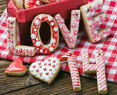 Cookies with the word love and the numbers 14 Valentine's Day — Stock Photo