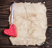 Valentine's Day cookies and old paper — Stock Photo