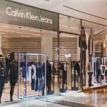 Calvin Klein Store clothes in the mall Metropolis  — Stock Photo #44112519