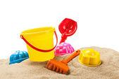 Brinquedos para sandbox isolado no branco — Foto Stock