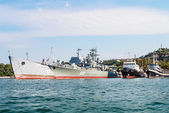 Warships in the bay of Sevastopol — Stock Photo