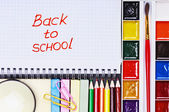 Notepad with the words back to school — Stock Photo