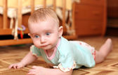 Baby on the Floor — Stockfoto