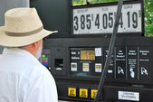 High gasoline prices. — Stock Photo