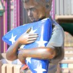Постер, плакат: Boy scout statue