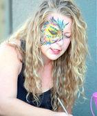 Pintor de la cara. — Foto de Stock