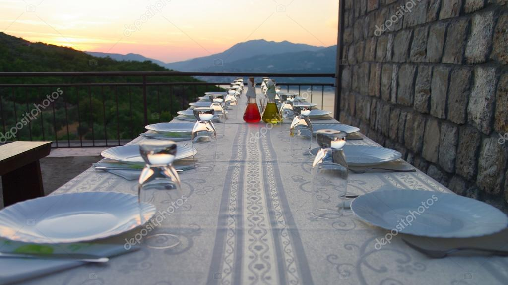 Table setting for outdoor party  — Stock Photo #12488307