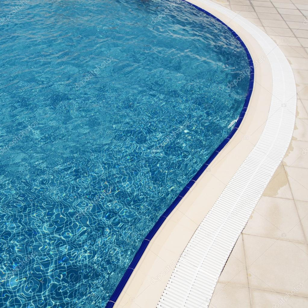 Swimming pool at hotel close up — Stock Photo #13808420