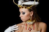 Dziewczyna tancerka w kostium cesarzowej — Zdjęcie stockowe