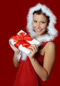 рождество девушка с подарками коробки — Стоковое фото
