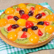 Cake from shortcake dough with fruit — Zdjęcie stockowe #47788675