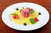 Ice-cream with pineapple — Stock Photo