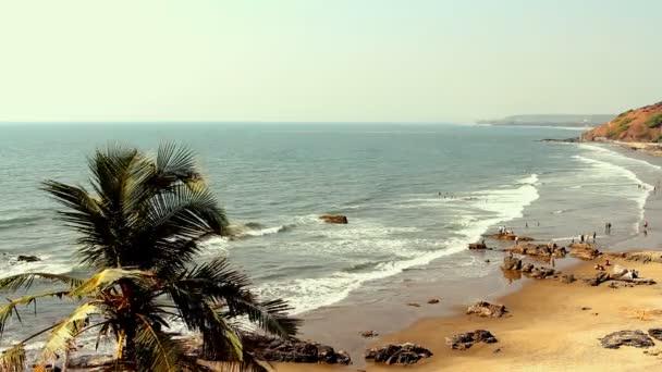 Inde goa vagator beach 20 février 2013. vue panoramique sur la mer — Vidéo