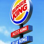Burger king road sign — Stock Photo