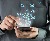 Sending sms — Stockfoto