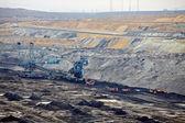 Open pit winning van steenkool — Stockfoto