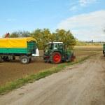 Tractor — Stock Photo #33718955