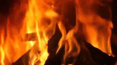Fireplace — Vidéo