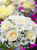 Beautiful wedding bouquet of flowers — Stock Photo