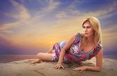 Beauty Woman At Sunset — Stock Photo