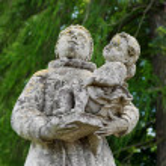 Statues near a Roman Catholic church, Lviv region, Ukraine — Stock Photo
