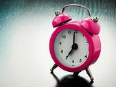 Rosa väckarklocka — Stockfoto