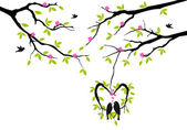 Birds on tree in heart nest, vector — Vettoriale Stock