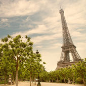 Eiffelturm in paris, frankreich — Stockfoto