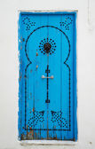 Old Blue door — 图库照片