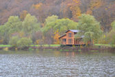 House on the lake — Stock Photo