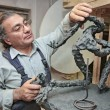 Stockfoto: Sculptor in workshop