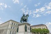 Ludwig i pomnik bawarii w monachium, niemcy — Zdjęcie stockowe