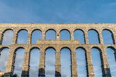 акведук сеговия в составе автономного сообщества кастилия и леон, испания — Стоковое фото