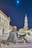 Svátek panny marie na náměstí sloup v zaragoza, španělsko — Stock fotografie