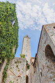 City-hall building in San Gimignano, Italy — Stock Photo