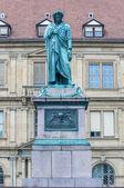 Pomnik schillera w stuttgart, niemcy — Zdjęcie stockowe