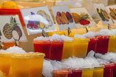 Boqueria markt in barcelona, spanje — Stockfoto