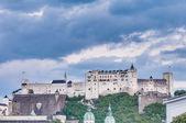 Hohensalzburg Castle (Festung Hohensalzburg) at Salzburg, Austri — Stockfoto