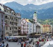 Maria Theresien street in Innsbruck, Austria. — Stockfoto