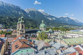 Vista general de innsbruck en austria occidental. — Foto de Stock